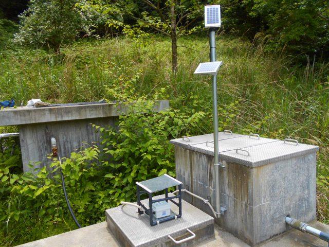 徳島県三好市・水道課様 東祖谷・中上配水池 IoT配水池水位監視センサー設置<1号機> 画像